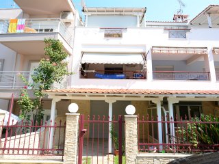 R123 Maisonette in Hanioti!