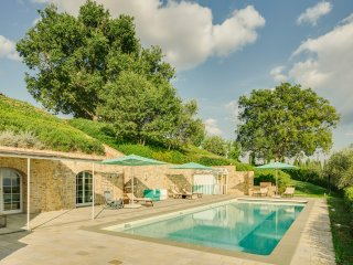 Podere del Chianti, luxury villa located between Florence and Siena