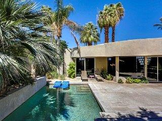 Palm Desert Modern Villa