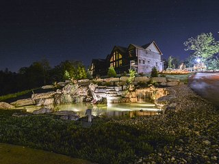 WaterMill Cove Resort Lakefront Villa~2Mi to Silver Dollar City~POOL~Theatre Roo