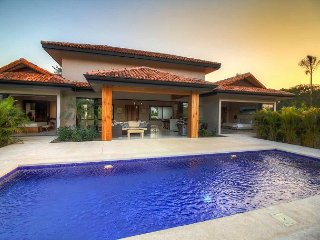 Beautiful Home in Private Neighbourhood Close to Tamarindo and Avellanas