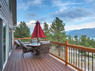 New! 3BR Twin Lakes Home w/ Huge Lake & Mnt Views!