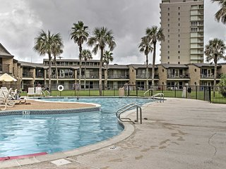 NEW! 2BR Condo on South Padre Island w/Ocean Views