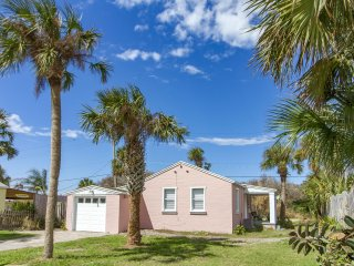 Recently Update w/ Beach Access -  Steps to the Beach & Fishing Pier!!!