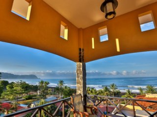 Ocean view Penthouse with spiral staircase to private rooftop balcony - SALE!