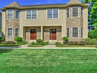 NEW! Superb 4BR Lake George Townhome w/Water View!
