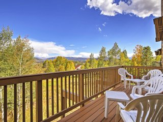 New! 3BR Silverthorne Townhome Near Ski Resorts!