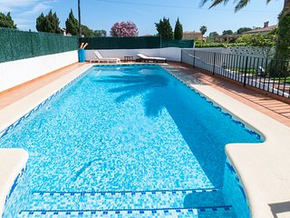 MENGUAL - Apartment for 5 people in Oliva