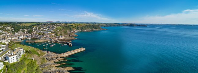 Stunning expanse from 'Harbour to Horizon' over Mevagissey Bay