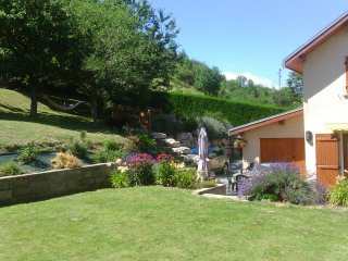 Maison agréable entre lacs et montagne à Monteynard