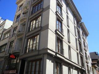 D1911 - Urban Apartment Near Taksim Square - Onur Residence