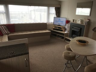 Sleeps 6 Static Caravan Fontygary Leisure Park, Rhoose