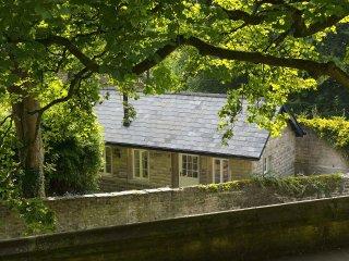 Unique Contemporary Cottage by Lancaster Castle