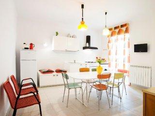 Interno16HolidayHome Casa Vacanze vintage e cool nel cuore di Napoli
