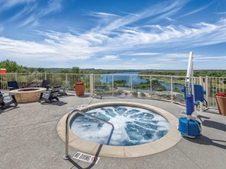WorldMark 3BR Condo in Marble Falls, TX sleeps 10