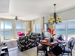 5 STAR 3 bdrm/3 ba corner unit in West Tower w/ STUNNING VIEWS! + FREE BEACH SVC