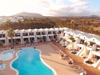 YOUR WINTER IN THE SUNSHINE!!AIR CONDITIONING,WIFI FREE, TV SAT. 4* RESORT