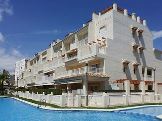 Las Dunas Javea Apartment. Ground floor, poolside, sandy beach. Family/couples.