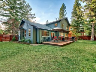 NEW! 4BR South Lake Tahoe House w/Private Hot Tub!