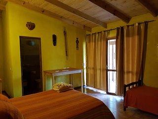 Casa Yaguarete BnB4  Cuarto Uno to Tres Personas