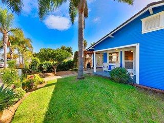 25% OFF MAY/JUN- Charming Beach Home w/ Hot Tub, Walk to Beach, Dining & More