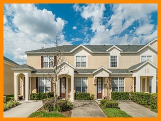 Windsor Hills Resort 168 - Exclusive townhouse with private pool near Disney