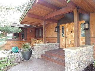 All season retreat!  Teton views