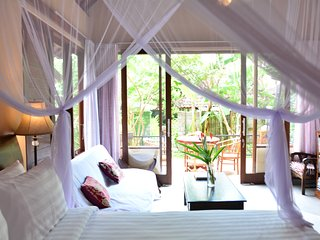 Griya Sriwedari Family Suite room in the middle ubud centre