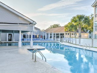 2BR Myrtle Beach Condo w/ Resort Amenities!