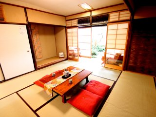 Sakura House Kyoto: Machiya House, Central Location, Up to 5 ppl.