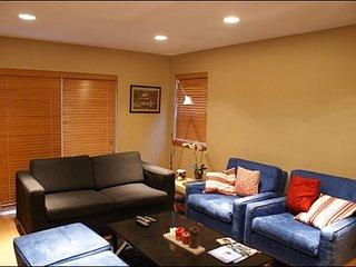 Deluxe Kitchen | Radiant Heated Flooring / 215068