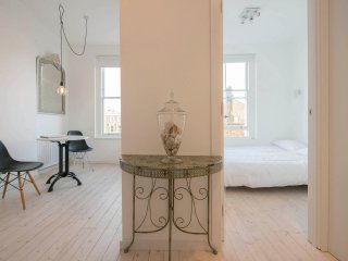 NEW! Chic Notting Hill Studio