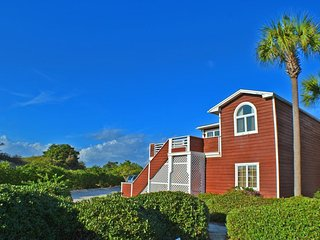 Spacious, dog-friendly ocean-view townhome near the beach, shopping, and dining