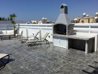 Amazing Terrace! - 2 bedroom bright & spacious apartment in the ❤️ of Ayia Napa