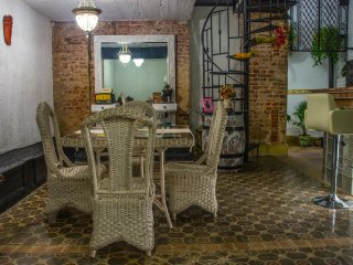 Group Rent Apartment and Family