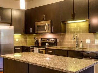 56 University Park★Luxury 2Bd 1Ba★Parking★Central ATX