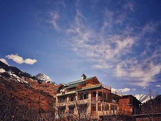 Manali Mountain Home Room 6 - Your Peaceful Abode In The Hills