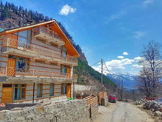 Manali Mountain Home Room 4 - Your Peaceful Abode In The Hills