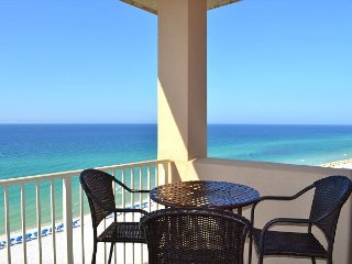 Immaculate beach condo for your family~well cared for~clean~2 priv. balconies