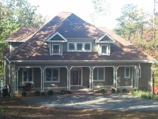 Beautiful New Home On Smith Mountain Lake Sleeps 8-10