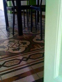 Particolare del pavimento del soggiorno