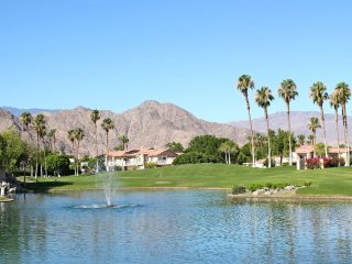Lakeside in La Quinta Pristine 2/2 /w Amazing View