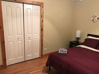 Beautiful Remodeled Private Room 102
