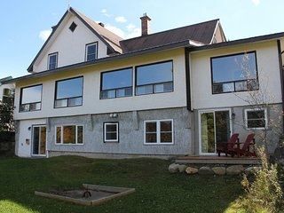 Lake St-Francois-Xavier's Villas - Villa # 3, up to 20 people