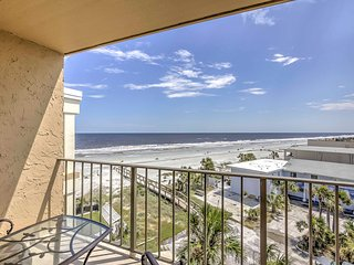 Ocean-View Condo Steps from S. Jacksonville Beach!