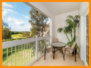 Reunion Resort 897 - Luxury condo with golf course views near Disney