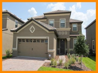 Championsgate 47 - villa with pool, game room and theater room near Disney