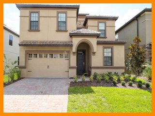Championsgate 39 - villa with pool, home theater and game room near Disney