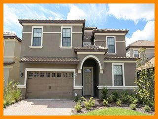 Championsgate 1 - villa with pool, game room and theater room near Disney