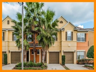 Reunion Resort 934 - townhouse with private patio near Disney